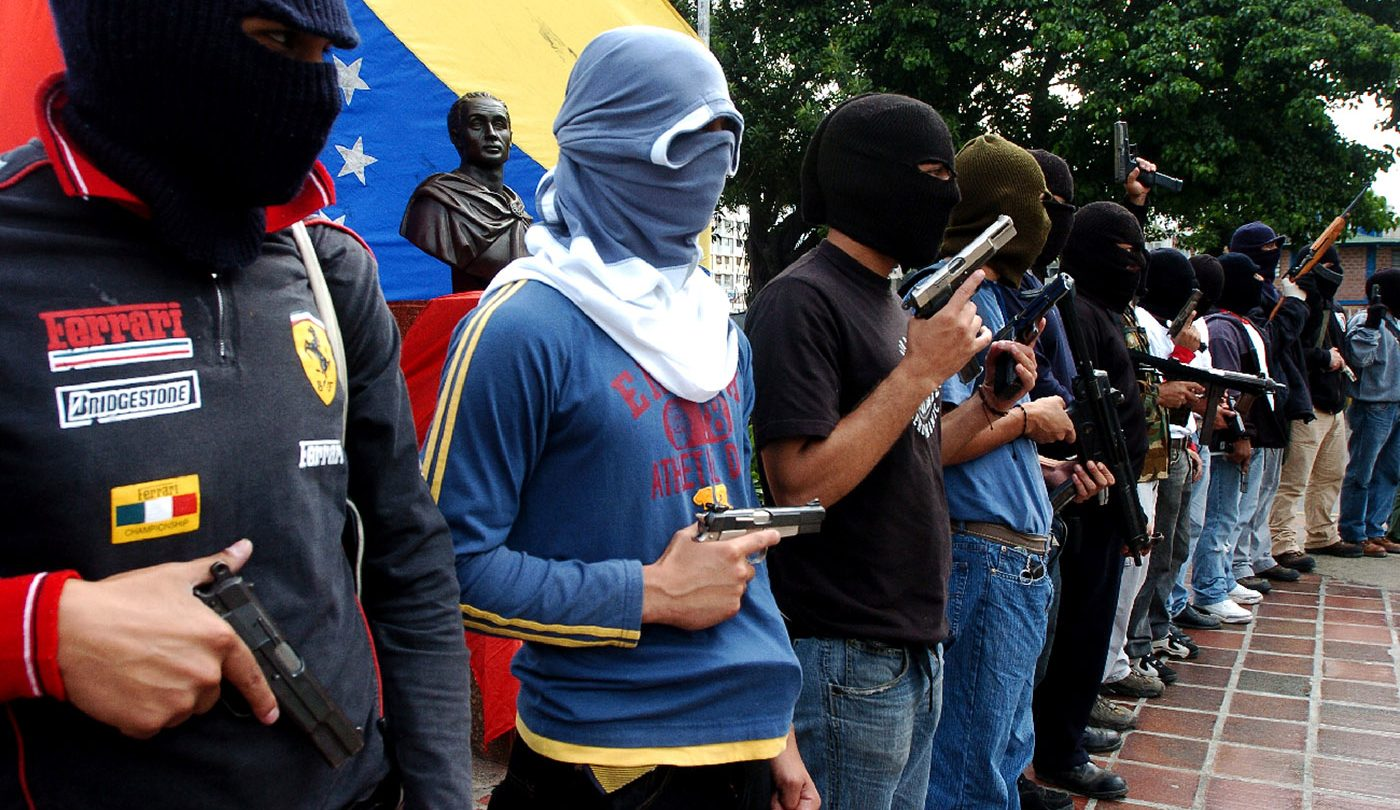 Civilians armed under the Colectivo Group